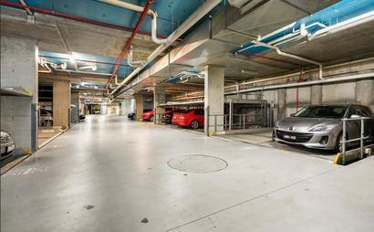 Secure Underground Garage for Your Car 3 MINS WALK TO UNSW!!