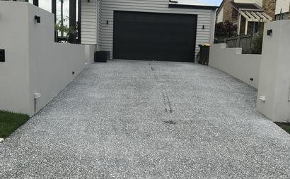 Close to Greenslopes Hospital and Busway Car Space on Driveway