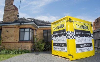 Delivery & Pick up of Self Storage Box in Paddington