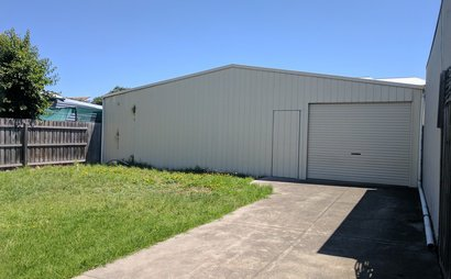 Large 800 cubic metre warehouse garage in Yarraville