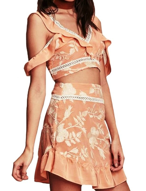 FOR LOVE AND LEMONS MIA SET IN PEACH
